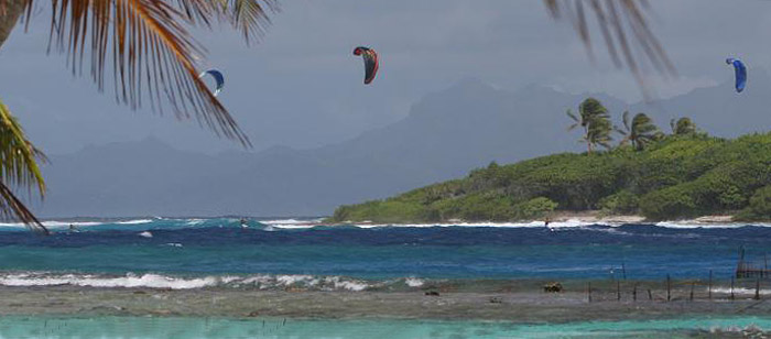 Windsurfing : Tahiti : Intro 02